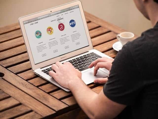 Ne akarj weboldal készítés árak iránt érdeklődni, mert…