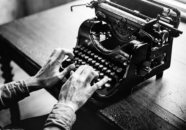 kreatív szövegírás, reklámszövegírás, reklámszöveg, cikkírás, cikk írása