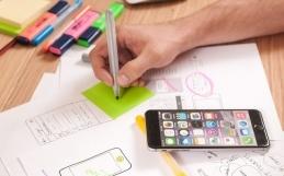 Iparművész tervezőgrafikusok, akik most ajándék grafikai tervezést biztosítanak minden új ügyfelüknek