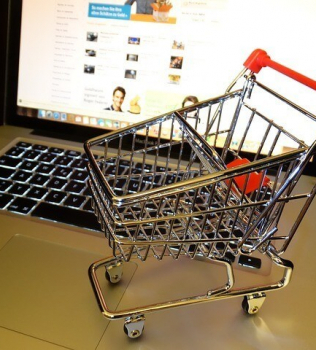 Webáruházad, webshopod termel valamit vagy csak díszeleg egymagában?